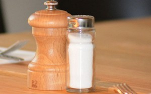 salt-shaker-as healthy alternatives