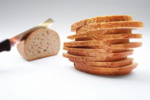 carbs increase hunger - bread